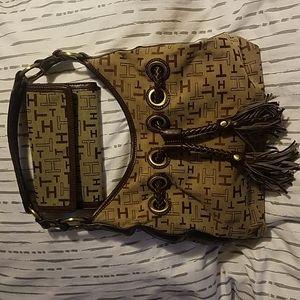 Tommy Hilfiger Shoulder Bag & Matching Wallet